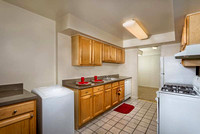 Ross_Crestleigh_Kitchen_1510-4x200