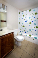 Ross_ParkVue_Bathroom_6969-4x200